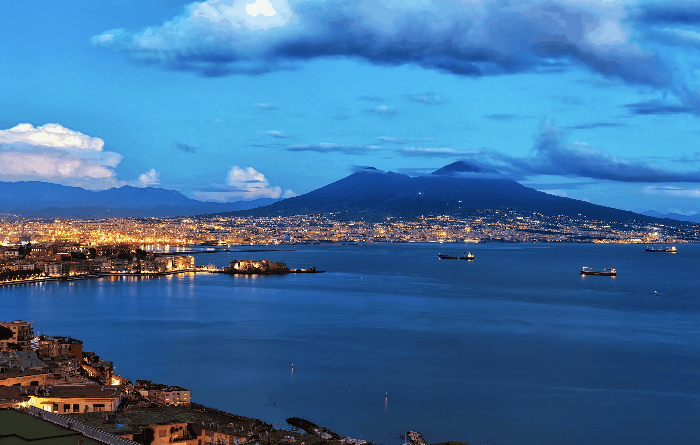 retire abroad in naples italy